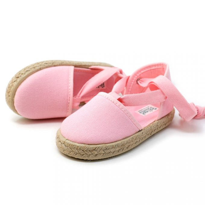 Alpargata valenciana rosa de yute con cinta lazada al tobillo, para niña