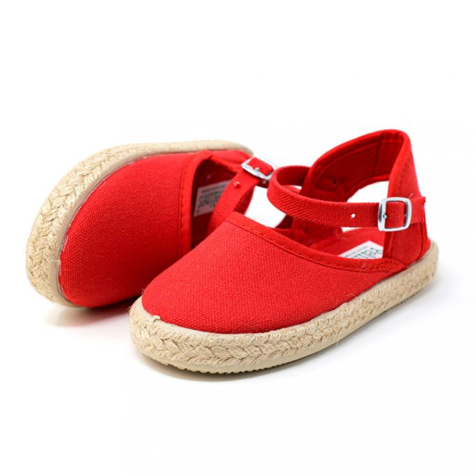 Alpargata valenciana roja de yute con hebilla al tobillo para niña