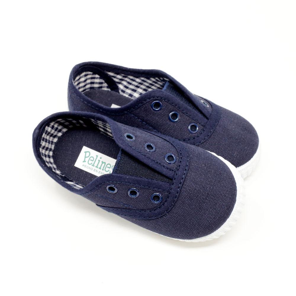 Zapatilla Inglesita lona azul marino con elástico sin cordones. Niño y niña