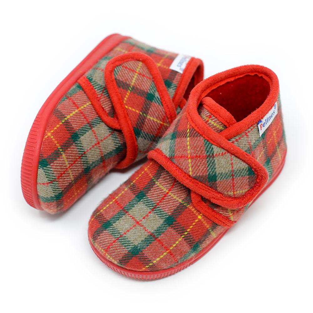 Bota de andar por casa con velcro de paño a cuadros roja. Niño y niña
